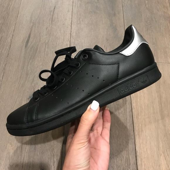 97d10d9844f7 Adidas Originals Stan Smith Size 7 Women s